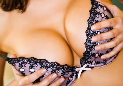 Пластика груди: психология изменения самооценки