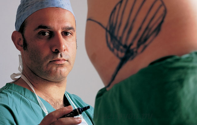 Самые надежные хирурги – среднего возраста
