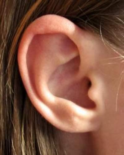 Красивые уши с помощью лазера