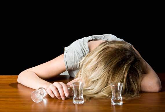 Операция по снижению веса провоцирует развитие алкоголизма