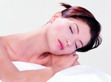 Платизмопластика – эффективный метод «омоложения» кожи шеи
