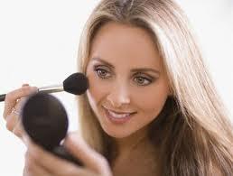 Что такое основа под макияж и нужно ли ее подбирать по типу кожи?