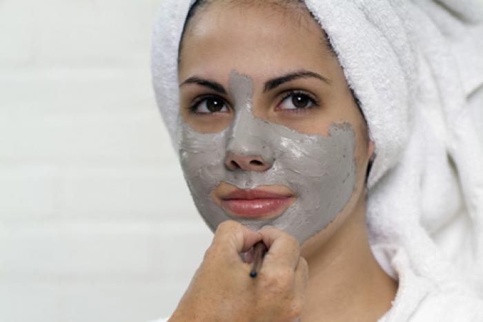 Домашняя глина для удаления волос на лице
