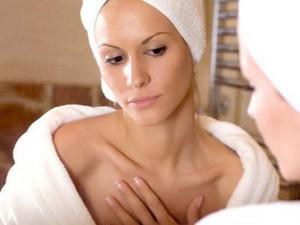 Как восстановить упругость груди?
