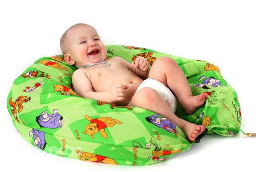 Советы мамам. Как выбрать лучшую подушку для кормления?