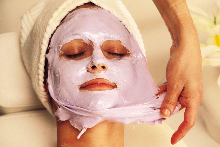 Уход за лицом в домашних условиях: маски для лица