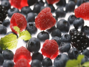 Как использовать ягоды в уходе за кожей