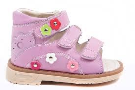 Как правильно выбрать детскую ортопедическую обувь?