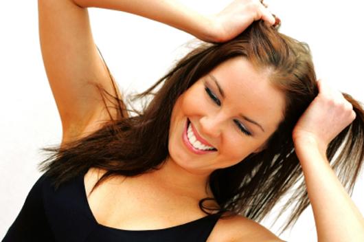Как избавиться от раздражающей сальности и жирного блеска волос