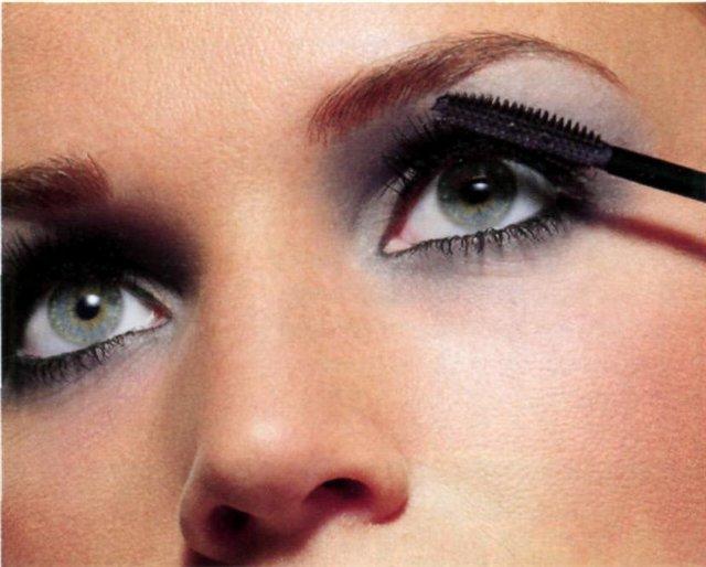 Макияж глаз в зависимости от их формы