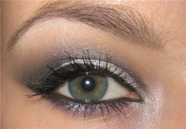 Как подготовить глаза к макияжу