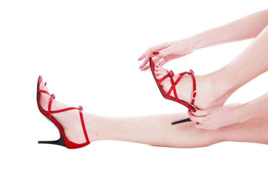 Варикоз – распространенная женская проблема, которую стоит решать немедля