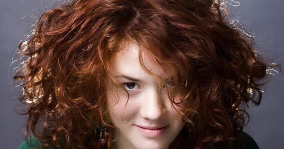 5 способов завить волосы дома: возьмите на заметку