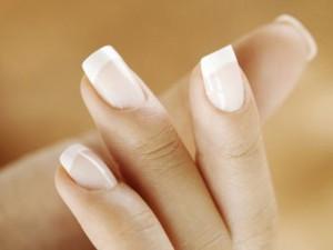 Уход за ногтями в холодное время года: возьмите на заметку