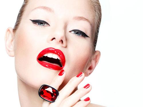 Модный макияж зимы 2014: дерзкая помада