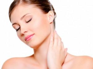 Уход за областью шеи и декольте: полезные советы