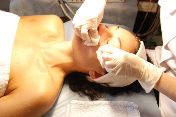 Способы лечебной чистки лица