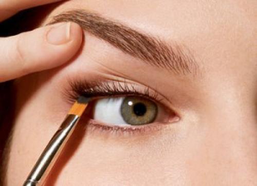 Правила макияжа: как правильно сделать акцент на глаза