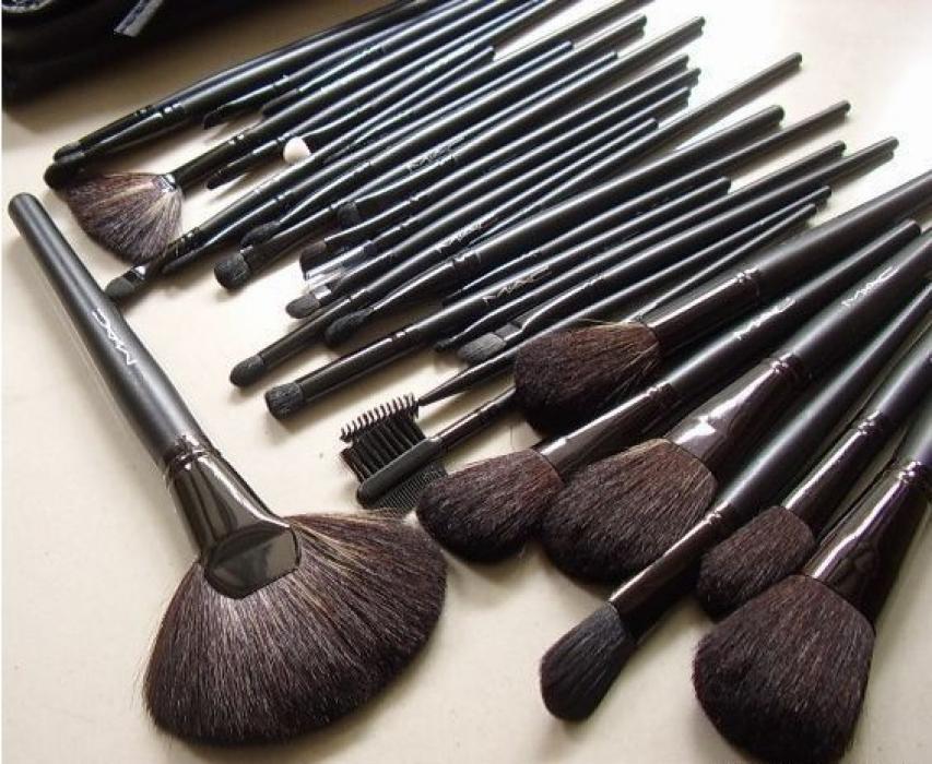 Выбираем кисточку для макияжа: советы