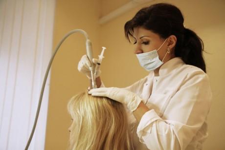 Мезотерапия для волос: как и зачем проводят