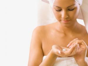 Как приготовить увлажняющие кремы для кожи лица