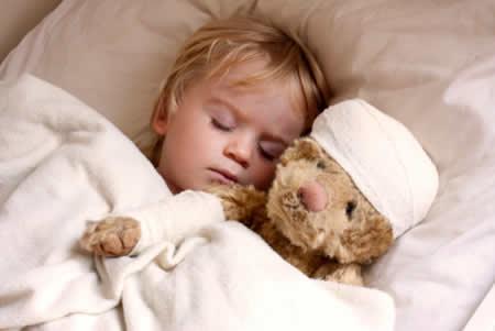 Падения ребенка: правила поведения