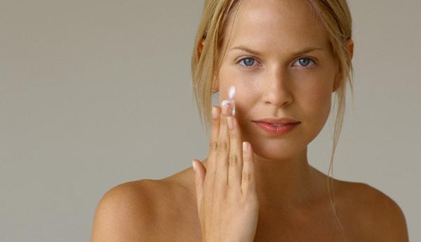 Как избавиться от сухой кожи, не покупая дорогостоящие кремы