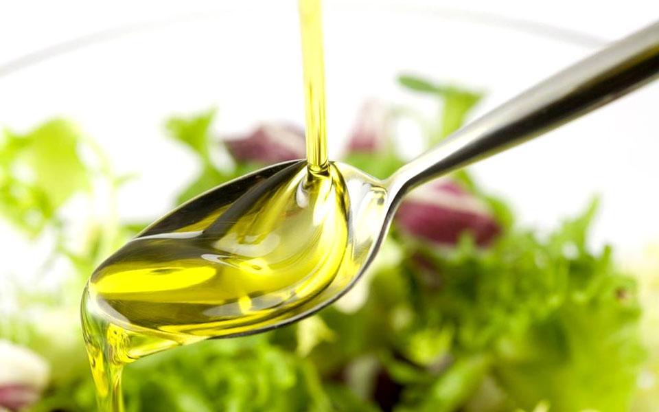 Как правильно применять натуральные «живые» масла в косметическом уходе за собой