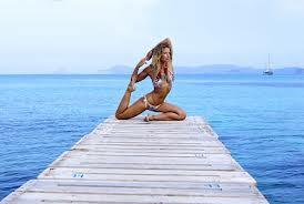 Йога, бег и правильное питание: секрет идеальной фигуры от топ-моделей