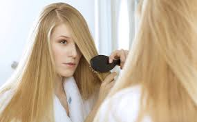 Уход за волосами: правильное расчесывание и мытье головы