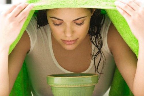 Уход за кожей лица: паровая баня