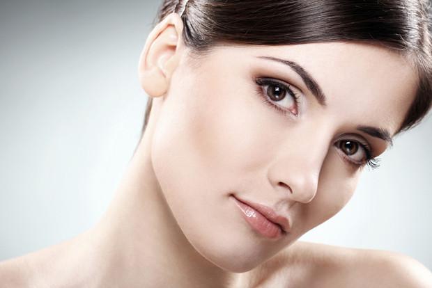 Каким должен быть уход за нормальной и пористой кожей лица