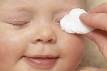 Как эффективно и безопасно промыть глаза