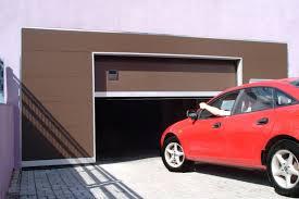 Секционные гаражные ворота и их преимущества
