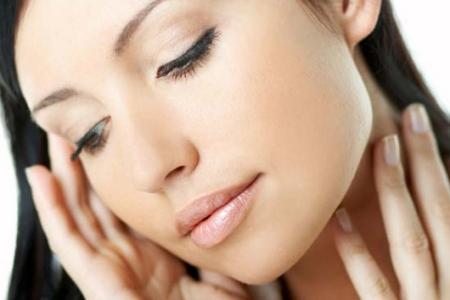 Учимся отдыхать от макияжа