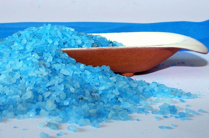 Убираем целлюлит с помощью морской соли