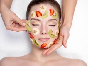 Фруктовая маска для омоложения кожи: советы