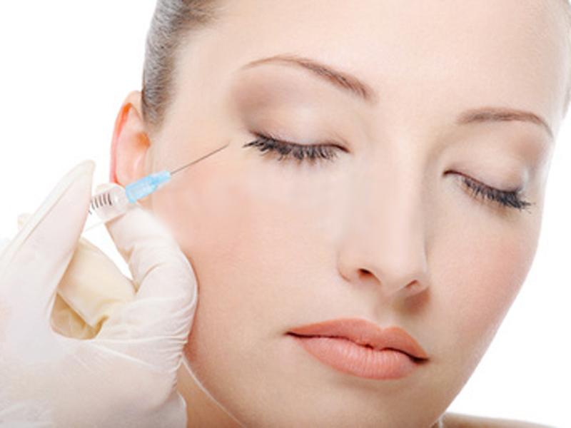Омолаживающие инъекции оказались способны лишать зрения