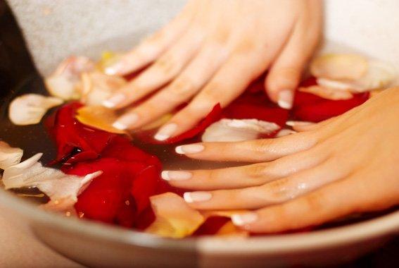 Как укрепить ногти и ускорить их рост