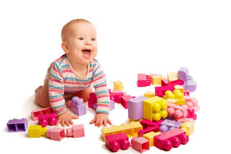 Полезные игрушки для детей до года
