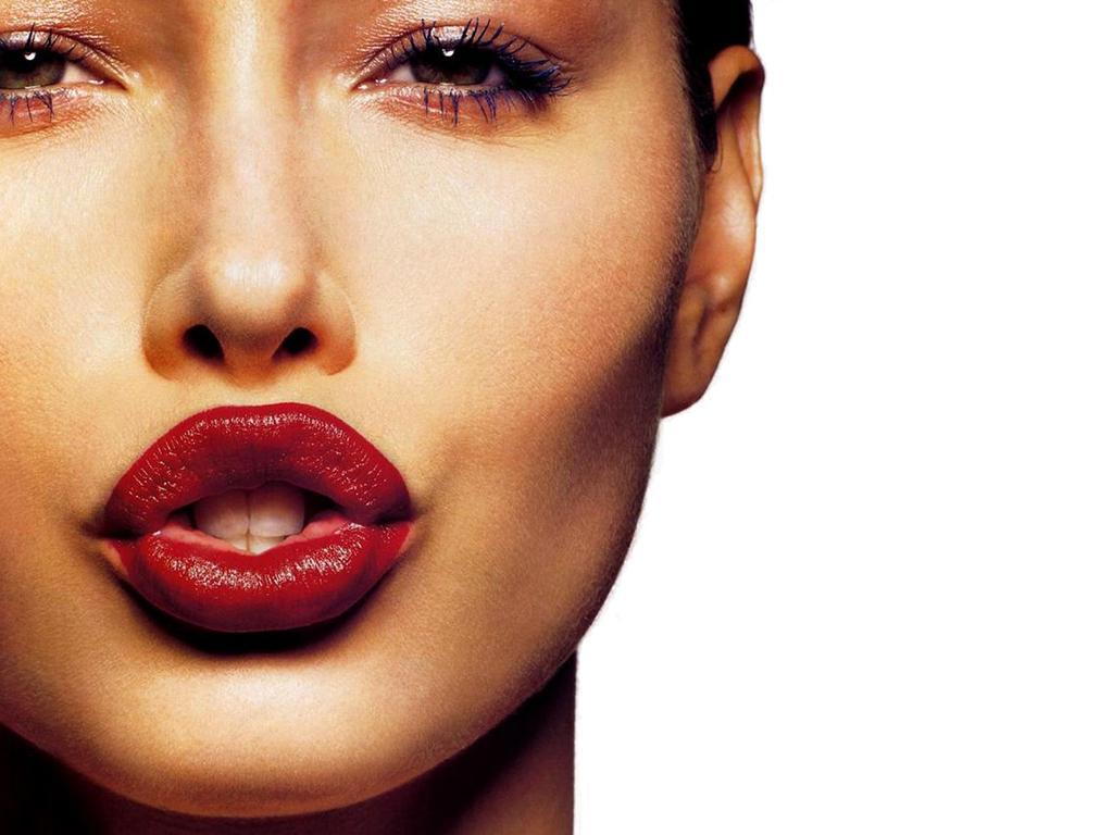 Что нужно знать, собираясь увеличить губы?