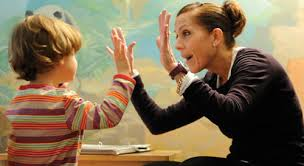 Проблемы в воспитании и обучении ребенка-аутиста