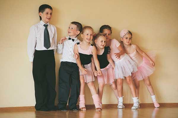 Бальные танцы в школе