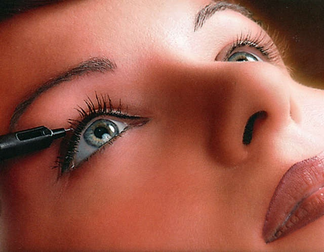Женская красота: перманентный макияж лица