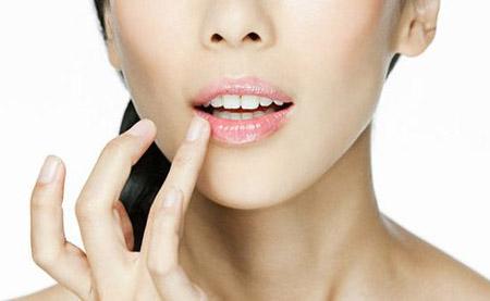 Уход за кожей губ