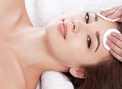 Наиболее распространенные методы чистки кожи лица