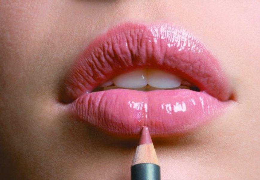 Булхорн – пластика для красоты губ