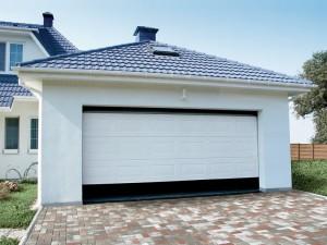 Основные правила выбора и покупки секционных ворот для своего дома.