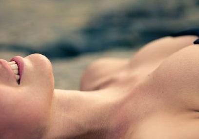 «Вампирский» лифтинг груди: новая мода омоложения