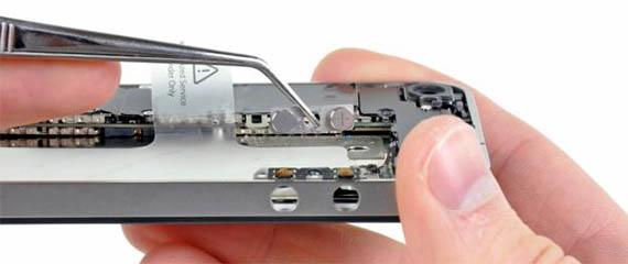 Ремонт iPhone: замена разъема зарядки